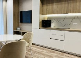Продам двухкомнатную квартиру, 65 м2, Калининград, Крымский проезд, 2